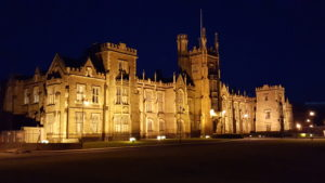Queens_University_At_Night