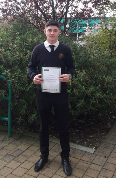 Tiernan Duffy with his award