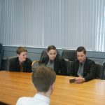 Pupils chat to Sydney
